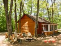2 Bedrooms, 1 Queen, 1 Bunk and 1 Log Futon
