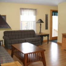 Cedaroma Lodge living space