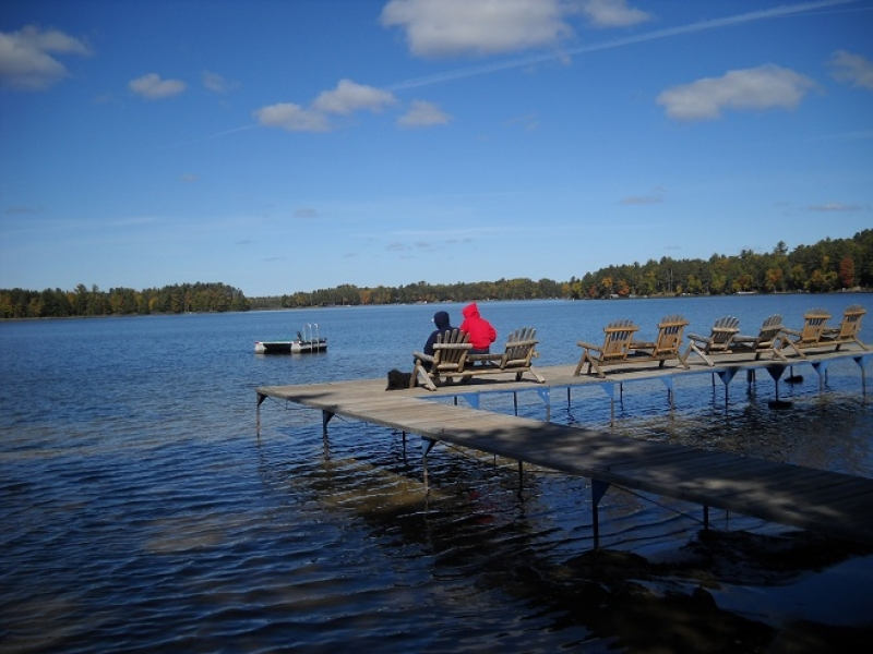 Beautiful vacation lodge in northern wisconsin wisconsin for Northern wisconsin fishing resorts