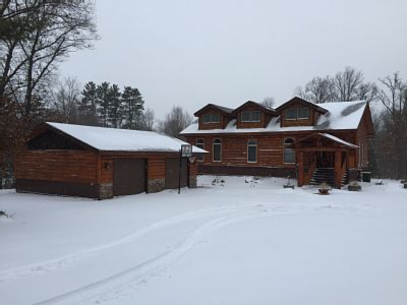 Fishing wisconsin cabins and vacation rentals for Fishing cabin rentals wisconsin