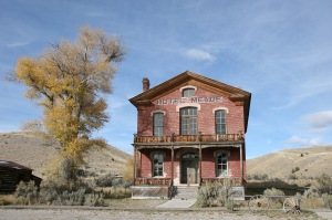Bannack,_the_old_hotel