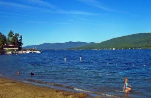 Depe Dene Resort on Millionaire's Row in Lake George
