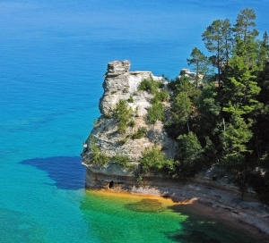 Miners_Castle,_Pictured_Rocks_National_Lakeshore